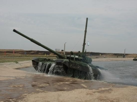 В Волгоградской области военнослужащие учатся ездить под водой