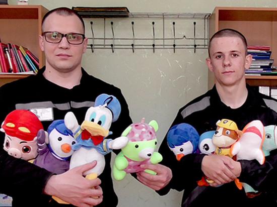 Игрушки из тюрьмы: зэкаам могут запретить производить товары для детей
