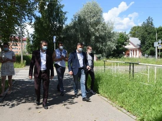 Покос травы в Вологде должен быть завершен к 17 июля