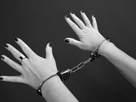 1302d89a2848256e438b907befd6fb52 - В Москве экс-сотрудницу банка осудили за 457 мошеннических преступлений