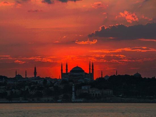 США разочарованы решением Анкары по поводу собора Святой Софии