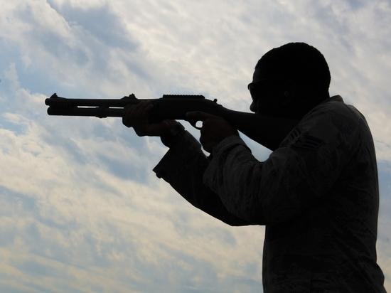 Рецидивисты с ружьем ворвались на ферму в Забайкалье