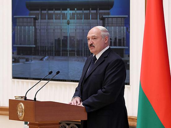 Белоруссию готовят к масштабным фальсификациям на выборах: рейтинг Лукашенко минимален
