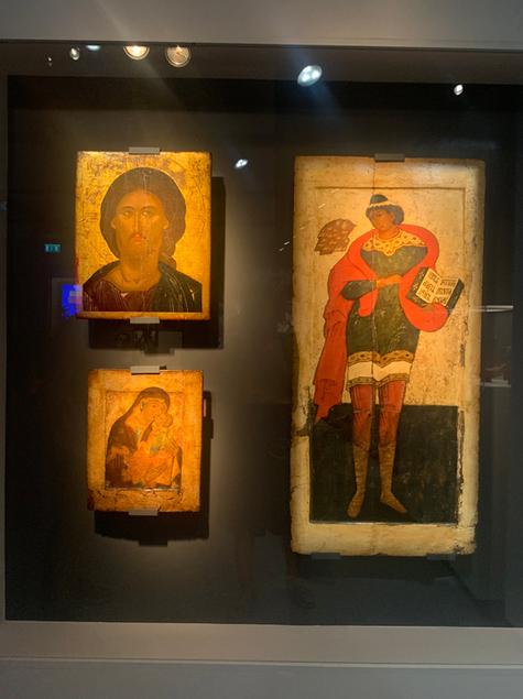 В Москве открылась выставка, воплотившая мечту знаменитого коллекционера Костаки