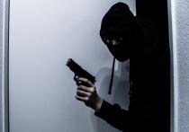 Опубликовано видео ограбления банка в Петербурге