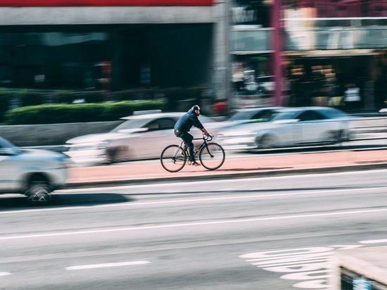 СМИ: сын экс-министра спорта сбил велосипедиста в Подольске