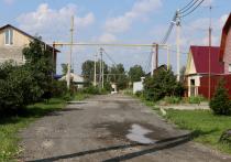 Жители улицы Скрябина попросили депутата Владимира Барсука помочь