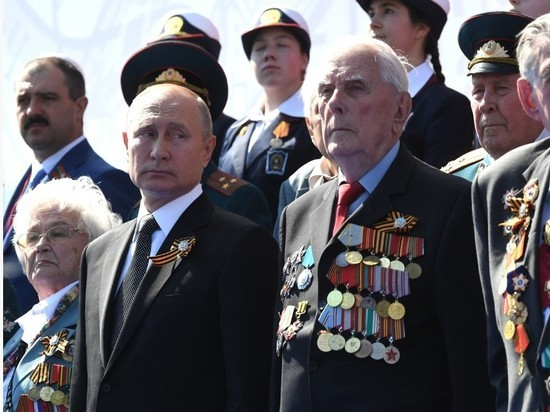 Песков: Путин продолжит защищать историческую правду о войне