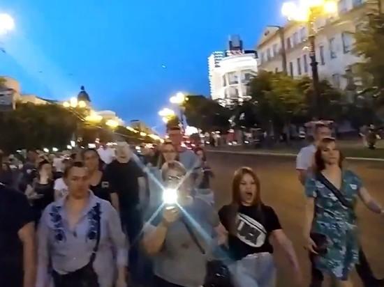 В Хабаровске началось вечернее шествие в поддержку Фургала