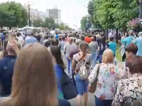 В Минздраве предупредили об опасности митингов из-за коронавируса