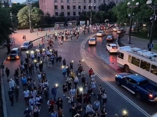 В Хабаровск без обратного билета  прилетел полпред президента Трутнев