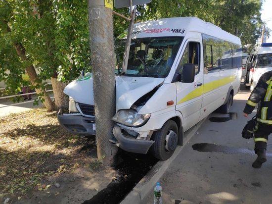 Стало известно о состоянии пострадавших в ДТП с маршруткой в Челябинске