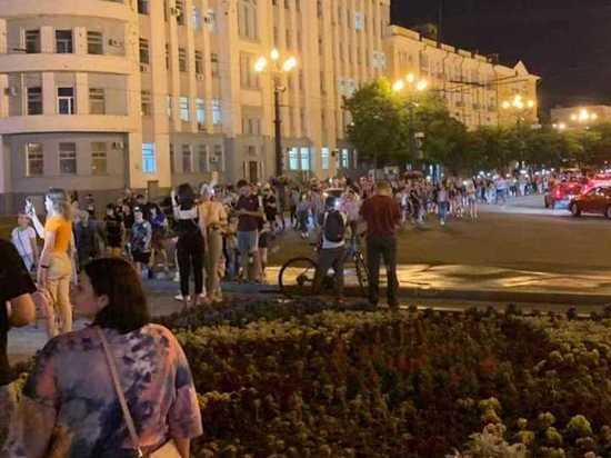 Власти Хабаровского края попросили митингующих не нарушать закон
