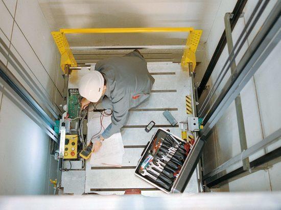 Первые лифты заменили в домах Читы в сезоне 2020 года