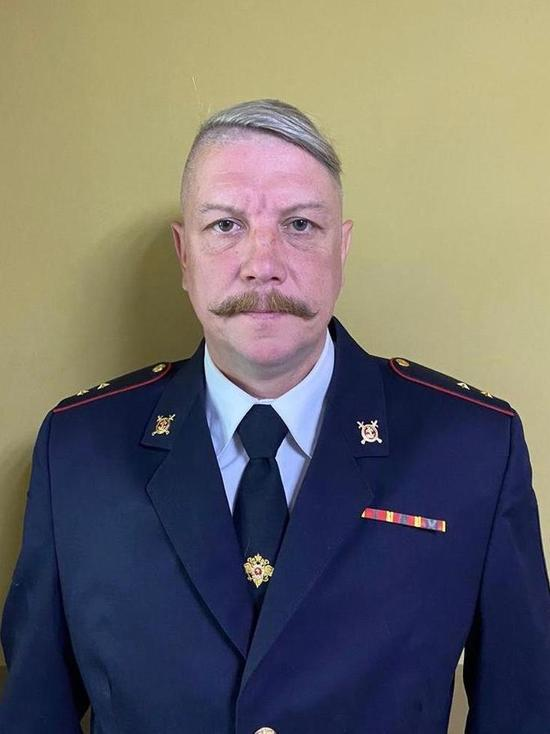 В Петербурге полицейский на руки поймал выпавшую из окна пенсионерку