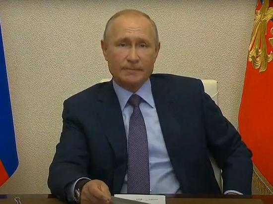 Президент России Владимир Путин заявил в ходе совещания с правительством, что в ближайшие сроки появляется исторический шанс кардинально решить жилищный вопрос россиян