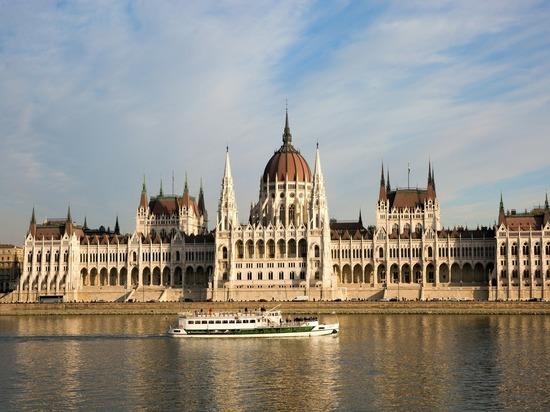 Посольство Венгрии опровергло данные о въезде для россиян