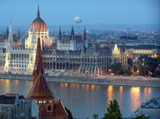 Венгрия передумала открывать границы для россиян