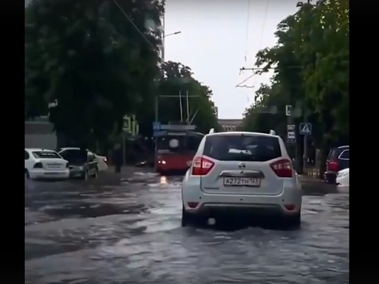 После затоплений в Краснодаре отремонтируют дороги