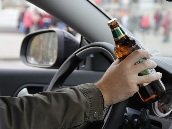 Житель Тверской области угнал машину своего гостя и попал на ней в ДТП