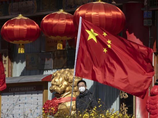 После коронавируса и наводнения по Китаю ударила новая напасть