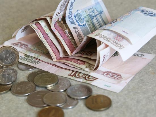 В августе Пенсионный фонд России автоматически проведет перерасчет пенсий работающим пенсионерам