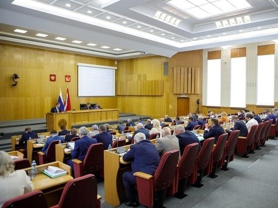 Воронежским региональным и муниципальным депутатам выделили время для законотворчества и работы в округах