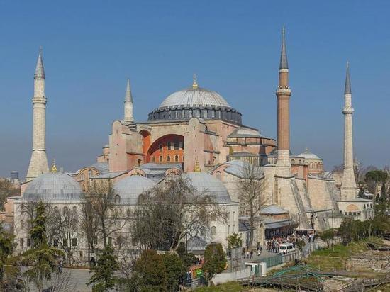 Синод РПЦ призвал мировое сообщество сохранить особый статус храма  Святой Софии