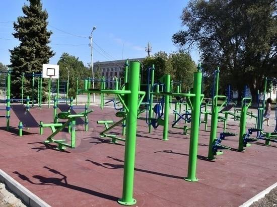 В Калмыкии строят спортплощадки для населения