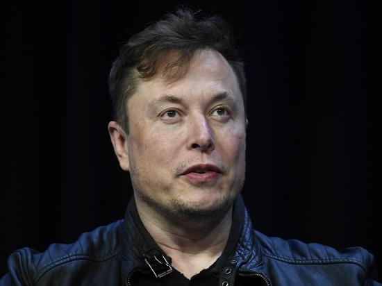 Илон Маск впервые вошел в десятку богатейших людей мира