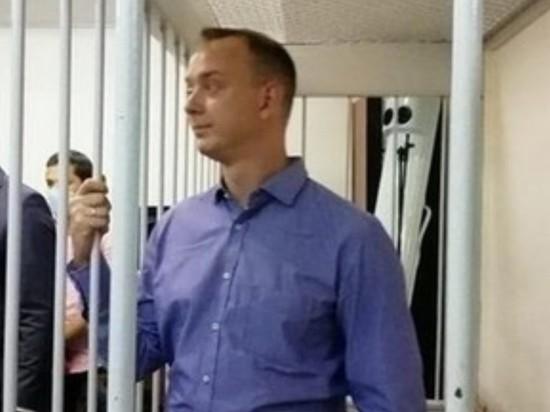 Суд оставил Ивана Сафронова под арестом