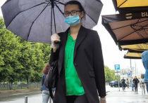 Погода в Москве крайне непостоянна и дождлива - такую характеристику атмосферным массам дал в четверг научный руководитель Гидрометцентра РФ Роман Вильфанд