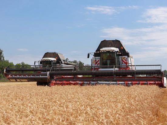 Сбербанк запустил «умный» комбайн для сборки урожая на юге России