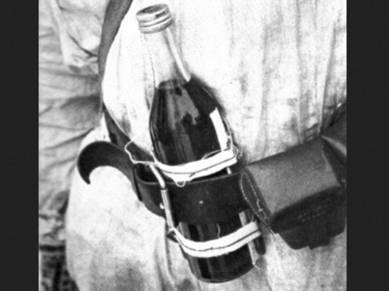 Со времен войны уцелели почти 200 бутылок-«зажигалок»