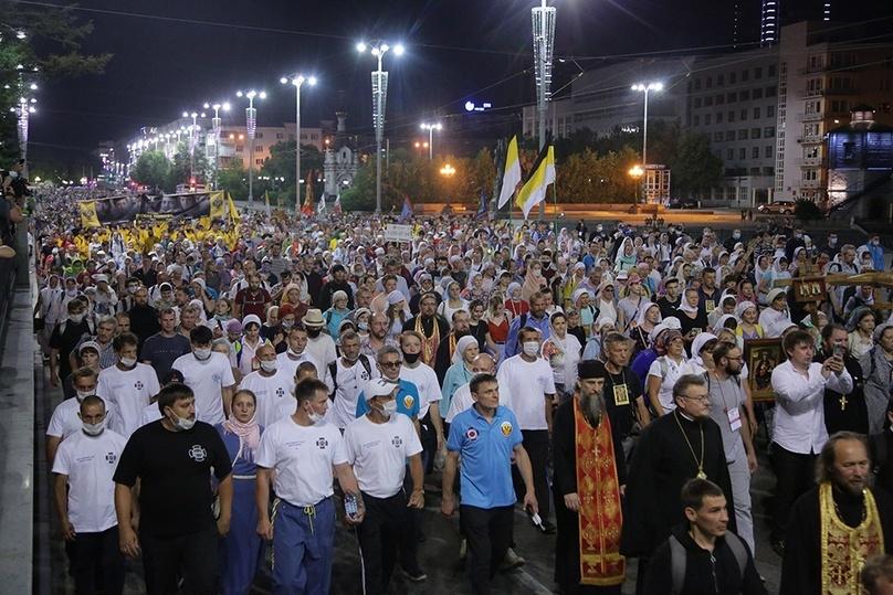 О запрете Путиным Бессмертного полка из-за отсутствия социальной дистанции