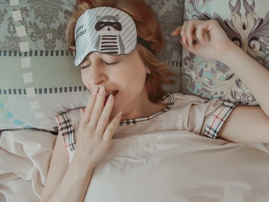Врач рассказала, как быстро избавиться от сонливости на работе