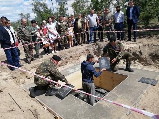 В Улан-Удэ захоронили более ста фотографий погибших в горячих точках героев-земляков