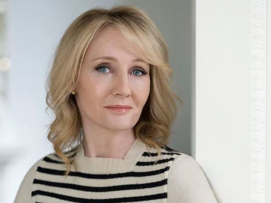 «Мама Поттера запуталась»: кому нужна травля Джоан Роулинг
