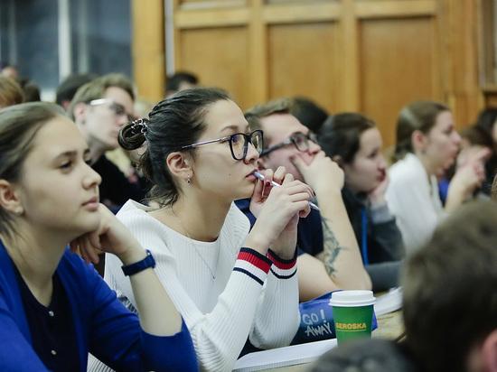 Студенческие стипендии хотят приравнять к МРОТ