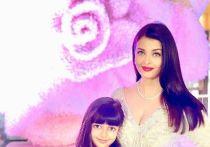 Звезду индийского кинематографа и обладательницу титула «Мисс мира» Айшвария Рай Баччан, заболевшая коронавирусом, была госпитализирована вместе с дочерью в одну из больниц в Мумбаи