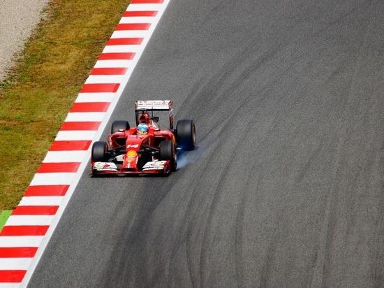 """Льюис Хэмилтон победил на Гран-при Венгрии """"Формулы-1"""""""
