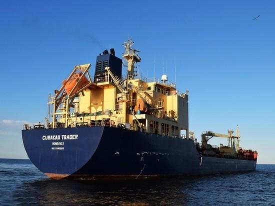 Пираты взяли в плен 13 россиян и украинцев у берегов Бенина