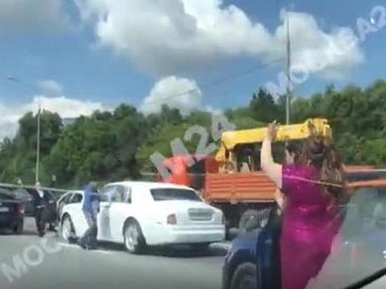 20 июля На МКАД были перекрыты две полосы из-за танцев.