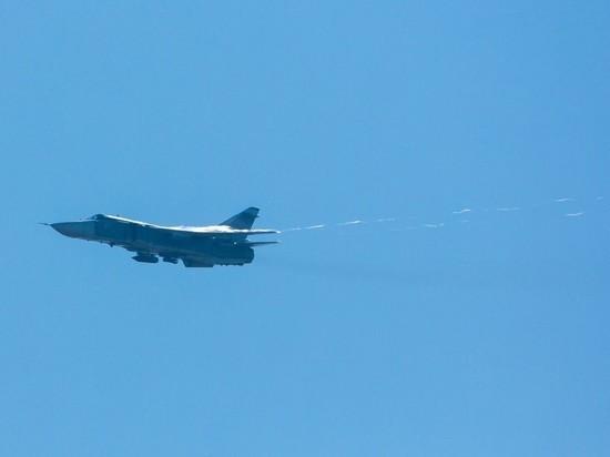 СМИ: Бомбардировщики Су-24М, оснащенные «Гефестами», переброшены в Крым