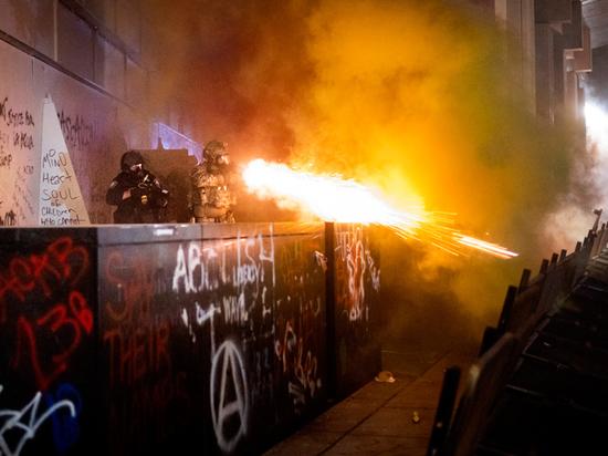 Демократы называют это «подливанием бензина в огонь»