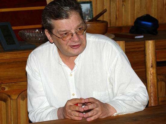 Названо место похорон телеведущего Александра Беляева