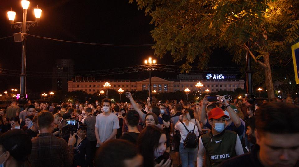 Жители Хабаровска потребовали, чтобы Путин ушел в отставку до 1 сентября этого года: видео