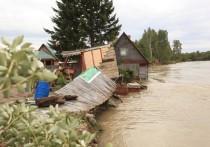 Раздолье смыло: под Ангарском снесло в воду два дома