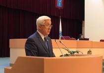 Еще один областной депутат попросился в отставку