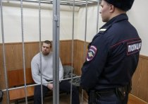 Полицейские по делу Голунова похвалили условия в СИЗО: «Турник и шоколадки»